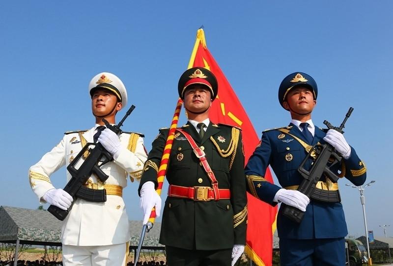带你了解解放军军服的 颜值 逆袭之路