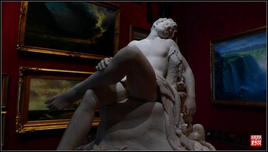 了雅典贵族青年格劳科斯(Glaucus),尼迪亚多次挫败奴隶主阿尔巴